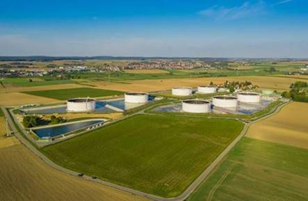 Lenting tank farm: A visit from the neighbourhood